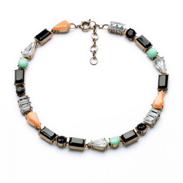 Color Bib Stone Necklace