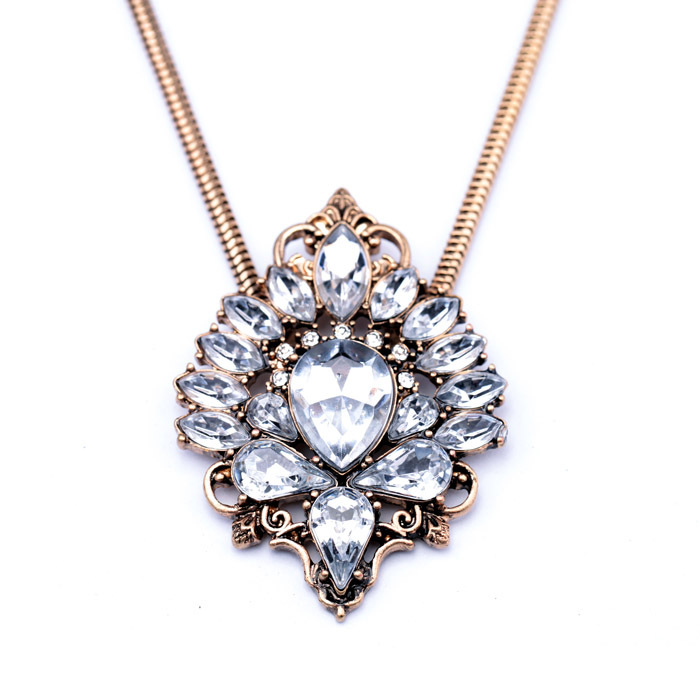 Antiqued Crystal Pendant Necklace 5