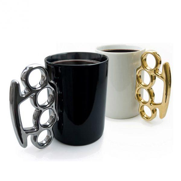Brass-Knuckle-Cup