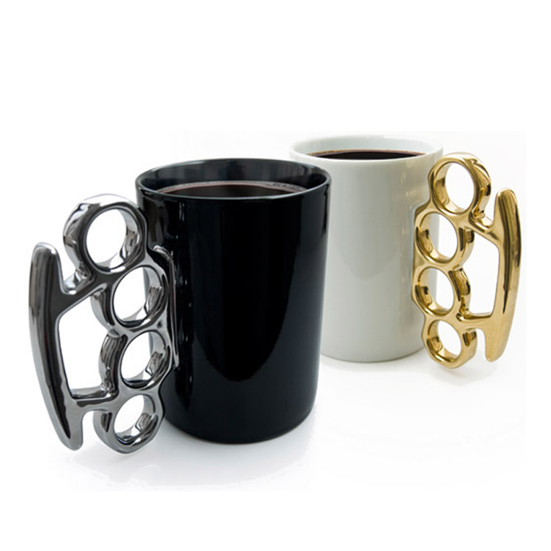 Brass-Knuckle-Cup