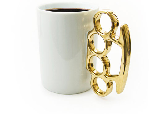 Brass-Knuckles-Cup