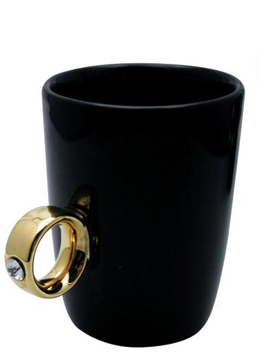 Diamond-Ring-Cup-Black-With-Gold-RIng