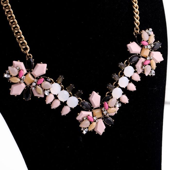 Pink Neutral Pendant Necklace 3