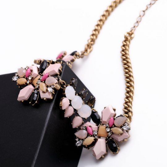 Pink Neutral Pendant Necklace 4