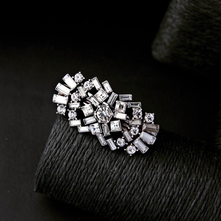 Luxe Crystal Hair Clip 5
