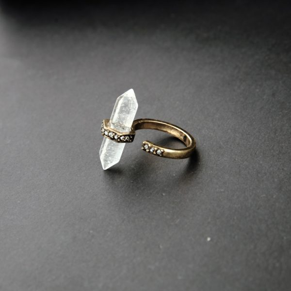 clear natural stone pave ring