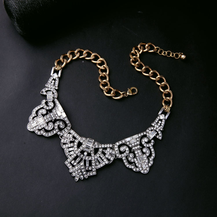 epic crystal statement necklace 4