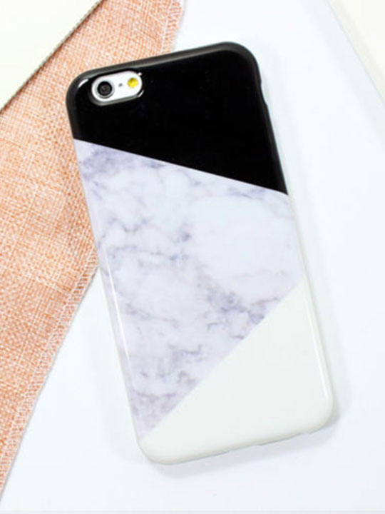 Iphone-Case-Black-White-Marble