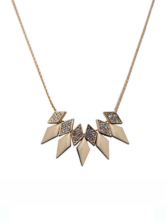 pyramid short necklace