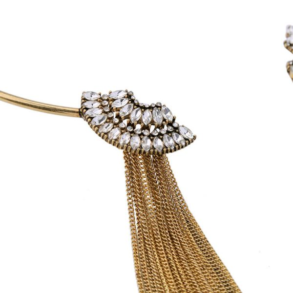 gold-crystal-scallop-collar-tassel-necklace-3