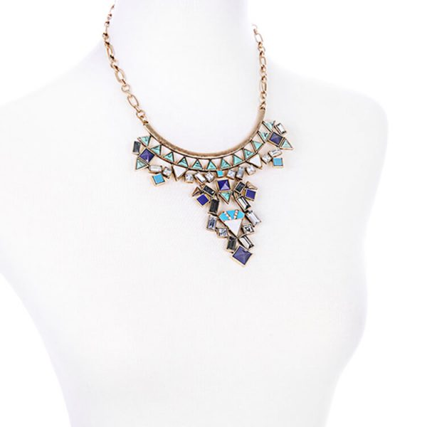 island-marble-statement-necklace-2