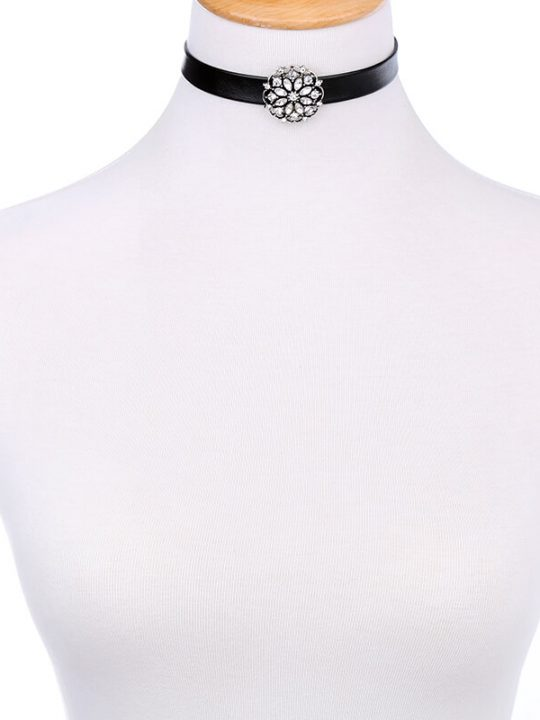 Floral Crystal Choker Necklace 4