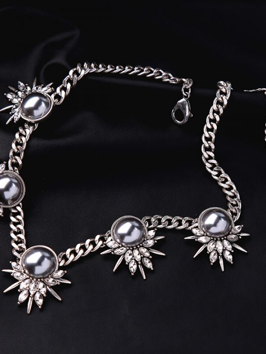 Grey Pearl Crystal Curb Chain Statement Necklace 3