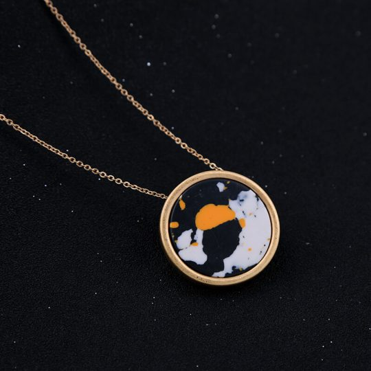 Multicolor Round Resin Necklace 3