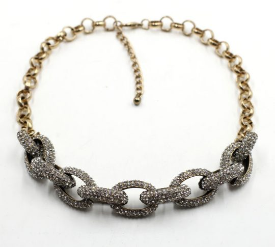 Pave-Stone-Encrusted-Curb-Chain3